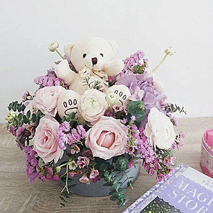 Sweet And Smile:Send Flowers to Indonesia