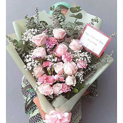 Winter Garden Bouquet:Send Mothers Day Gifts to Indonesia