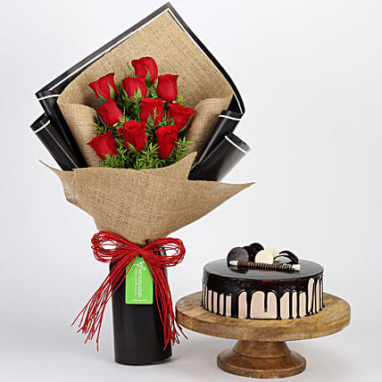 Red Roses Bouquet and Choco Cake Online