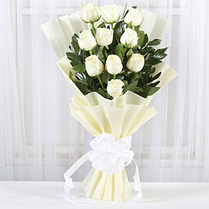 Pristine White Roses Bunch