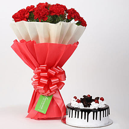 carnation bouquet with delicious cake