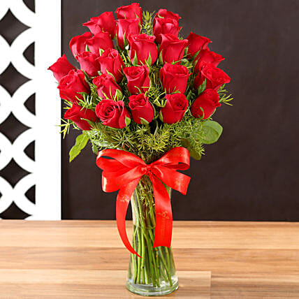Online Red Roses and Vase:Premium Roses Delivery