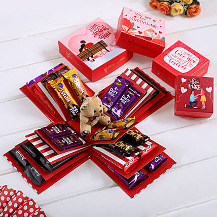 4 Layer Red And White Choco Treat Explosion Box