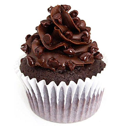 6 Tripple Chocolate Cupcakes by FNP