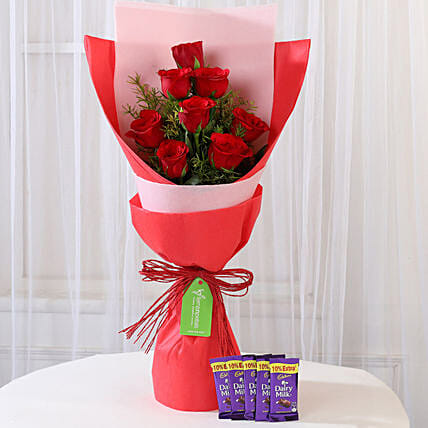 Red Roses Bouquet With Chocolate Online