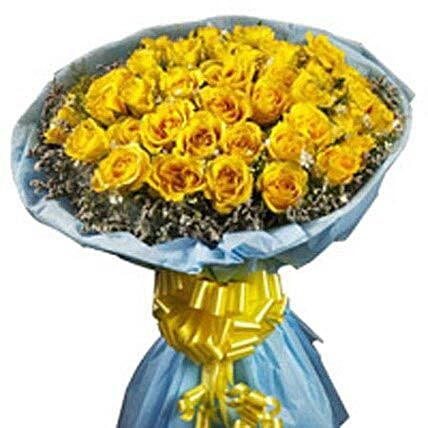 Accord Bloom - Bunch of 30 yellow roses.