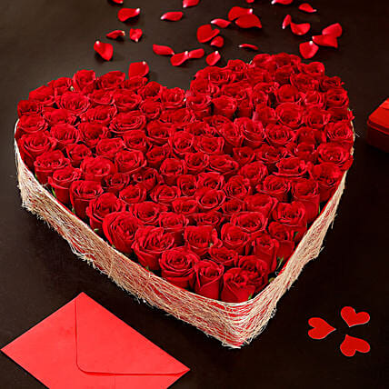 Online Heart Shaped Red Roses Arrangement