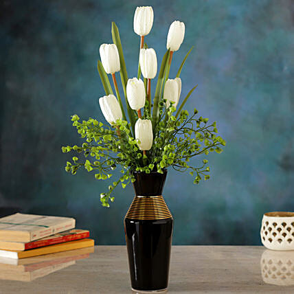 White Floral Arrangement:Artificial Flowers