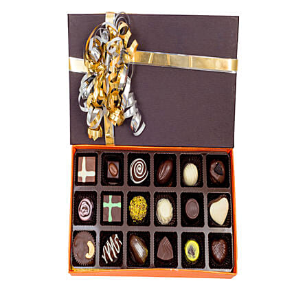 Box of 18  Chocolates:Send Handmade Chocolates