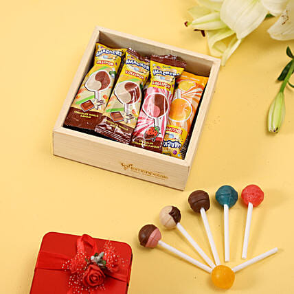 Multicoluor Lollipops in Wooden Box Online:Luvit Chocolates