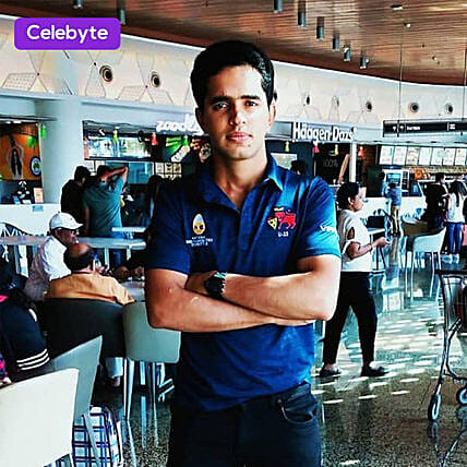 personalised video message from cricket player