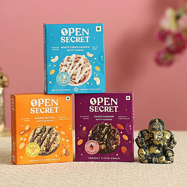 Blissful Ganesha Idol & Cookies Combo