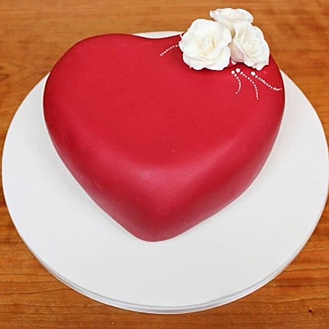 Blossoming Love Cake 3kg Vanilla Eggless