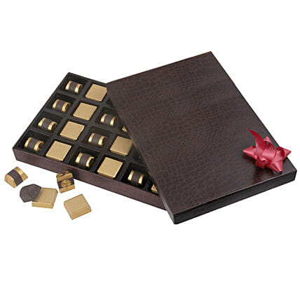 Raksha Bandhan Chocolate Hamper Online with Rakhi