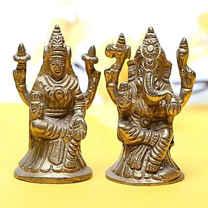 Lakshmi Ganesha-Brass idols of Lakshmi and Ganesha:Ganesh and Lakshmi Idols