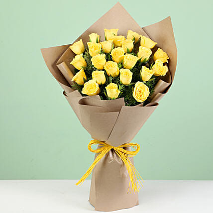 Online 24 Yellow Roses Bouquet
