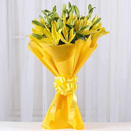 Bunch of 8 yellow asiatic lilies flowers gifts:Send Wedding Gifts to Chennai