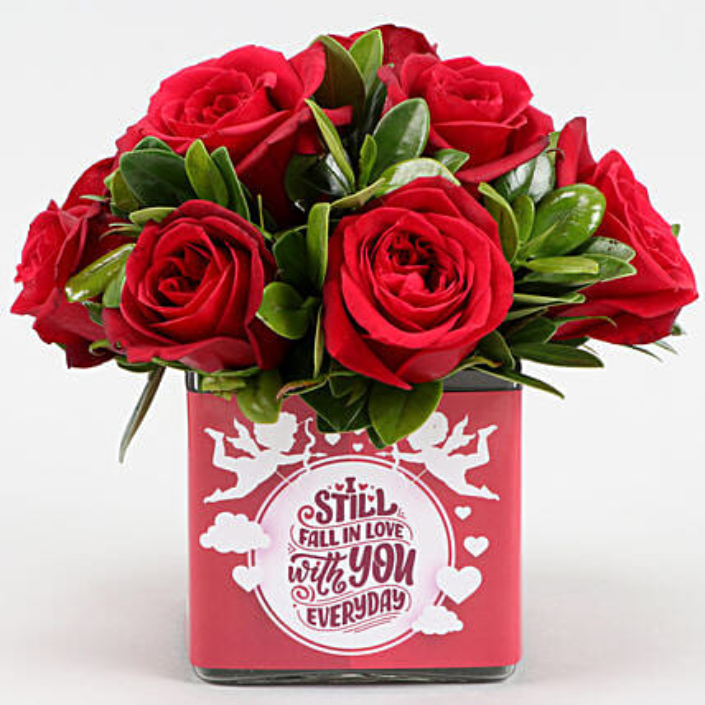 exotic red roses arrangement for valentine