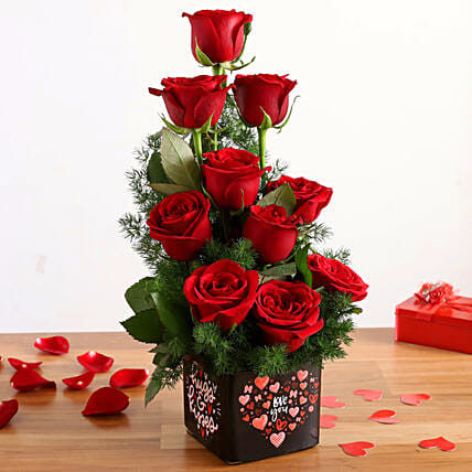 bunch of roses arrangement for valentine
