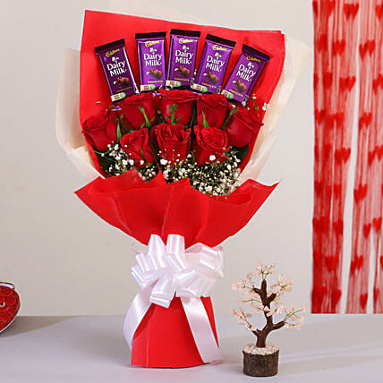 Bunch Of Roses With Chocolates & Rose Quartz Wish Tree