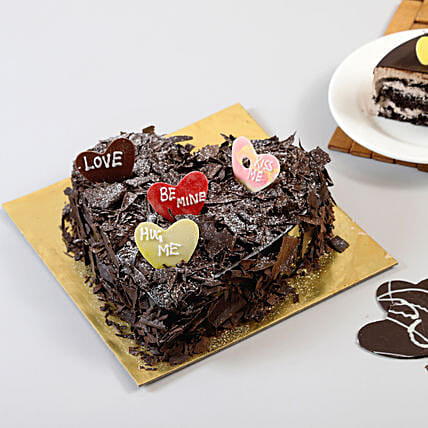 Love In Abundance Cake Half kg:Heart Shaped Cakes Delhi