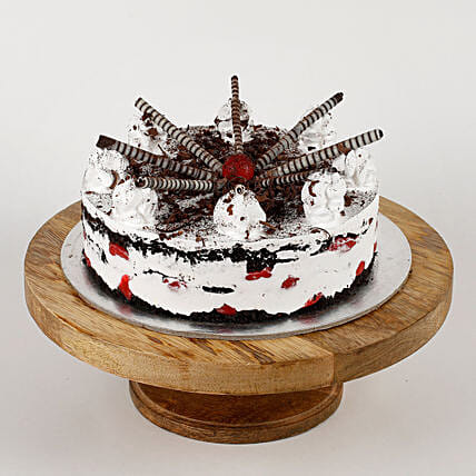 Chocolicious Cigar Black Forest Cake