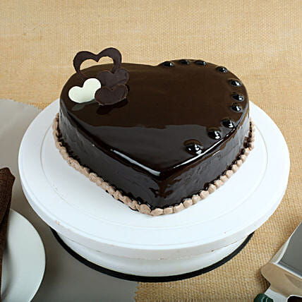 Chocolate Hearts Cake 2kg Eggless