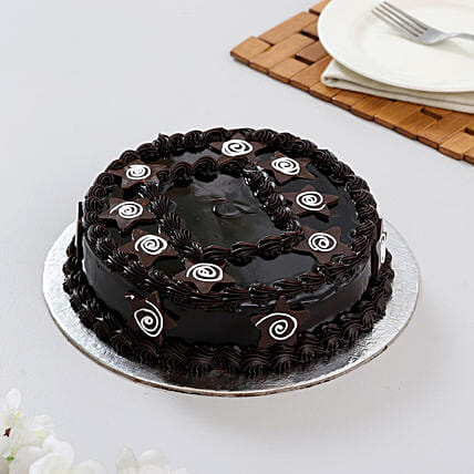 Chocolate Special Birthday Cake Half Kg