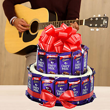 chocolate tower with guitarist experience:Gifts N Guitarist Service