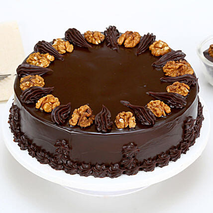 Chocolate Walnut Cake Half kg:Walnut Cakes