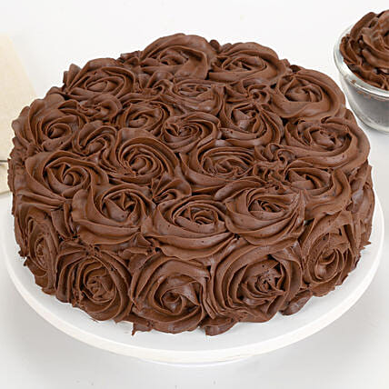 Chocolaty Rose Cake Half kg:Chocolate cakes for birthday