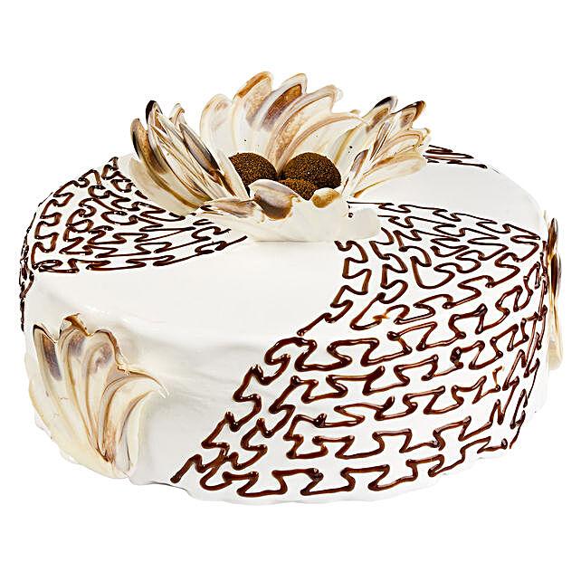 Classic Caramel Cream Cake