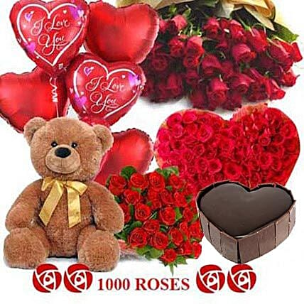 Crazy in Love - Grand hamper with 1000 red roses, 1kg Five star bakery chocolate cake, Big archies n heart shaped balloons.:Flowers and Cakes Delivery in Kolkata