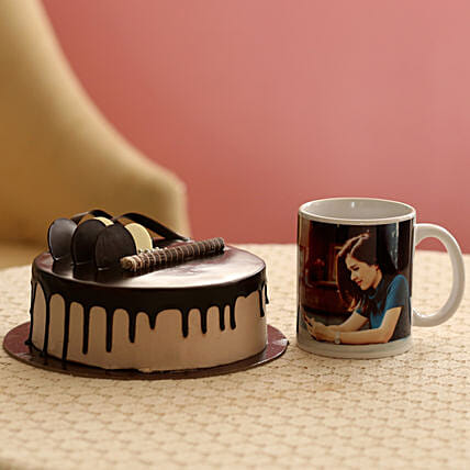 Online Cake with Mug Combo:Cakes N Personalised Gifts