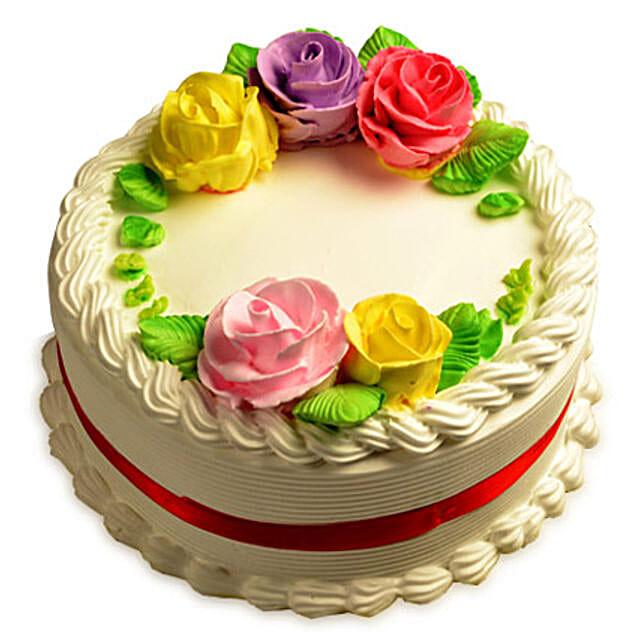 Creamy French Vanilla Cake Half kg:Vanilla Cakes
