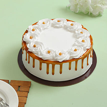 Declicious cruncy butterscotch cream cake