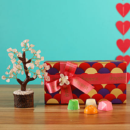 Buy Cute Valentine Chocolate Box Combo