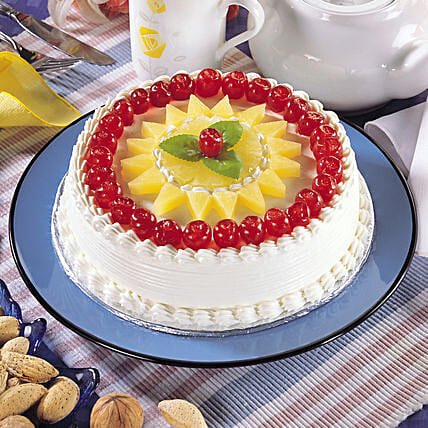 Delicate Pineapple Cream Cake