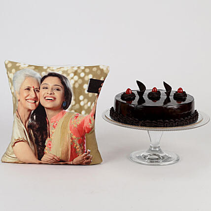 Online Cake with Cushion:Cakes N Personalised Gifts