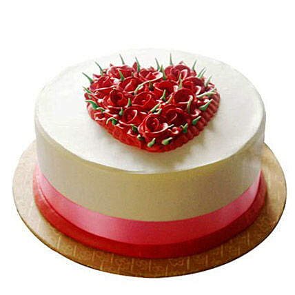 Desirable Rose Cake 1kg:Designer cakes for anniversary