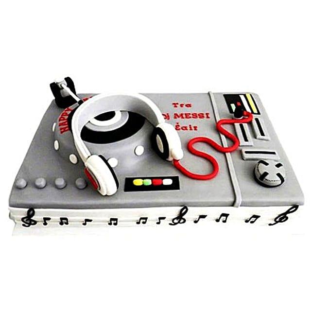 DJ Special Cake 2kg Pineapple