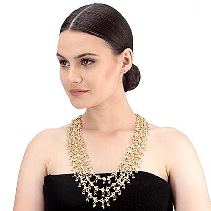 elegant gold color necklace