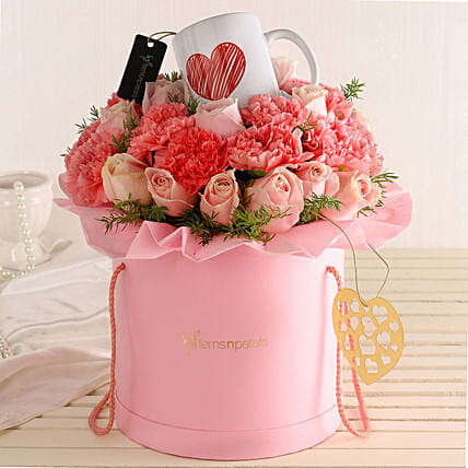Online Pink Flowers And Mug Combo:Send Mixed Flowers