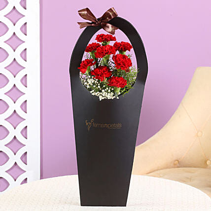 carnation flower in black sleeve bag:Carnations