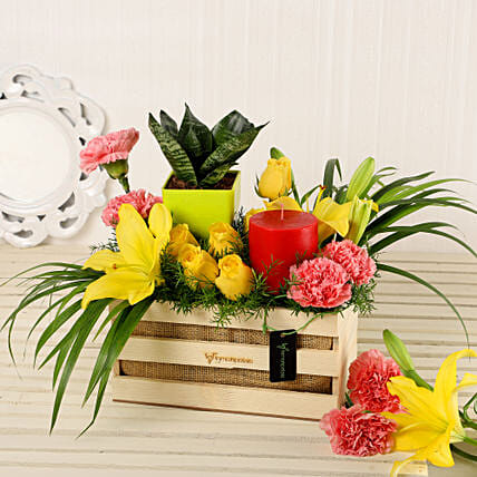 Online Garden Glory Arrangement:Premium Gifts