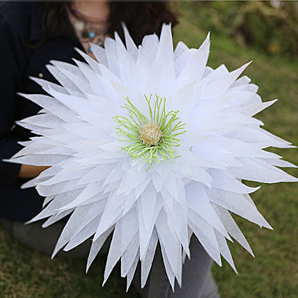 Exquisite Paper Flower-A white handmade paper flower:Mothers Day Handicrafts