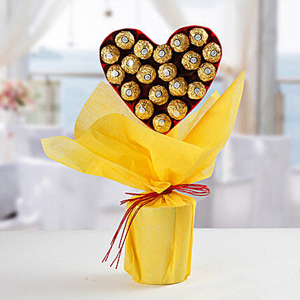 Ferero Rocher Boquet:Send New Year Gift For Husband
