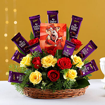 Online  Bouquet With Chocolates And Ganesha Table Top