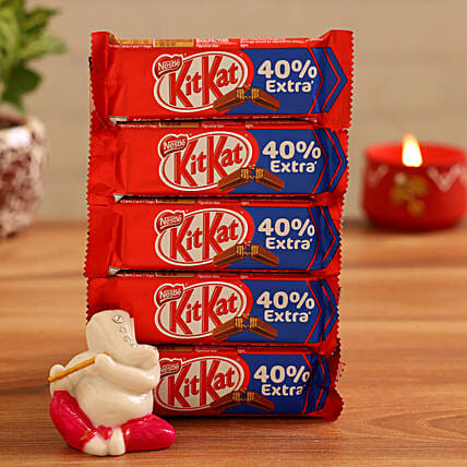 Online  Ganesha Idol and Kitkat