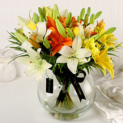 Online Mix Lilies In Fishbowl Vase:Mixed Colour Flowers